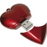 HEART SHAPE USB MEMORY STICK.