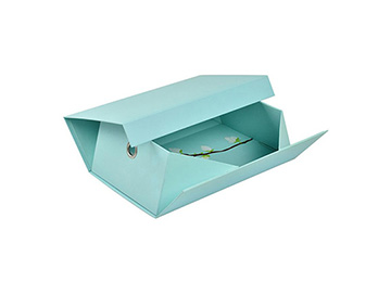 Luxury collapsible boxes